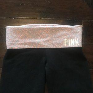 Victoria Secret Pink Yoga Capri/ crops small